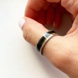 Vintage boho silver & black enamel thumb ring
